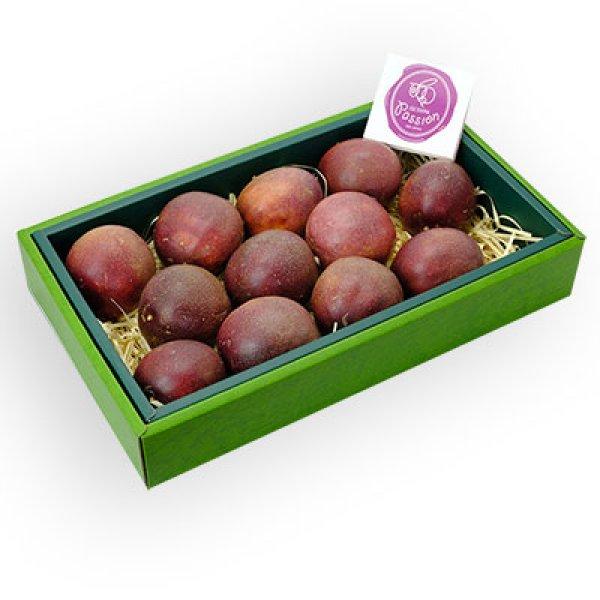 画像1: パッションフルーツ(大玉) ギフト箱(化粧箱)包装有 約1kg(12個入り) (1)